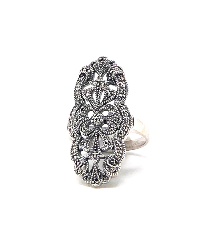 Antique style ring in marcasites and silver