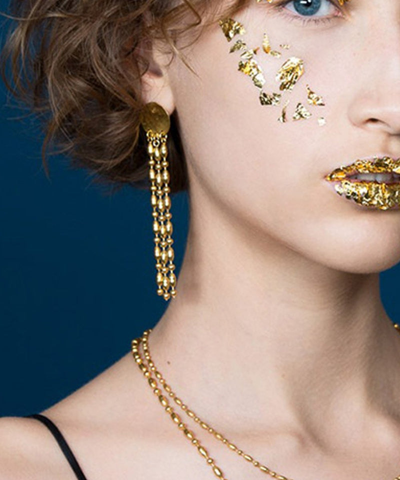 "Long earrings with golden fine pastilles - ""Comète"" - Eloïse Fiorentino"