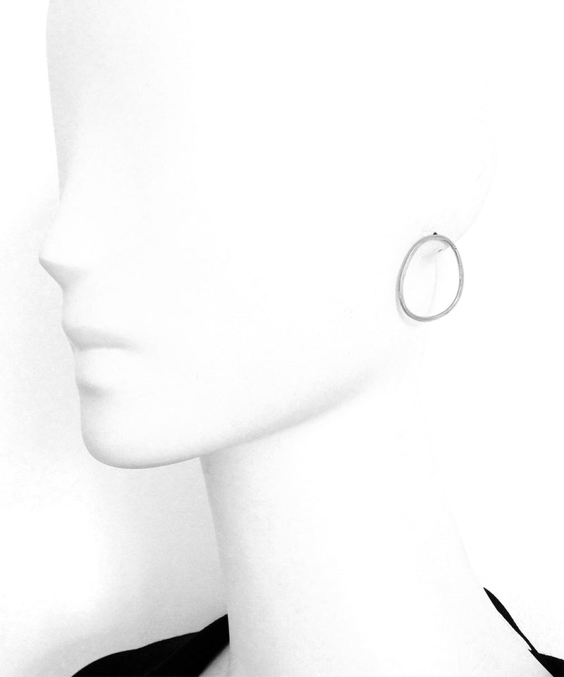 """Round earrings - """"Over the water"""" silver - Eloïse Fiorentino"""