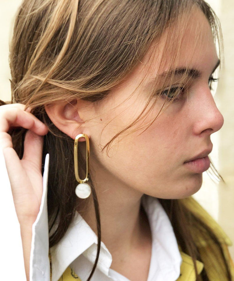Gold mother-of-pearl earrings Shape M designer Earrings