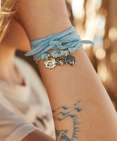 We are One charm bracelet silver and sapphire - Catherine Michiels