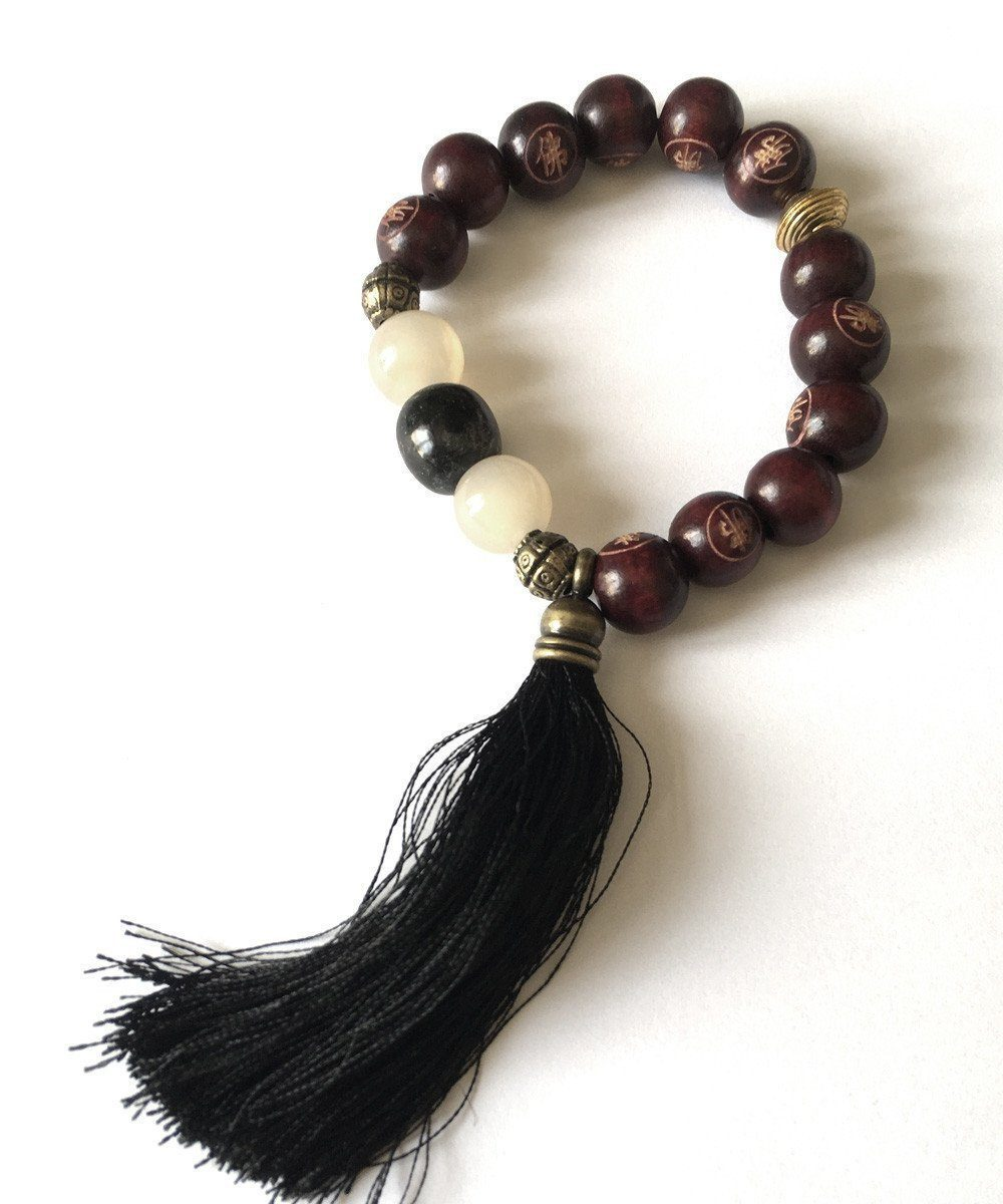 jewels-of-mala bracelet-mala-Tibetan agate-and-white tassel