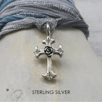 mariel-pendant-cross-silver-catherine-michiels.jpg