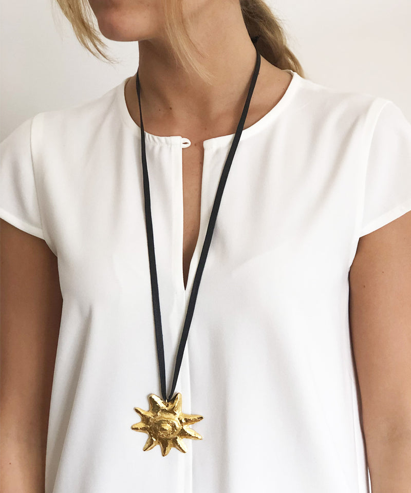 Hammered gold sun necklace - Carole Saint Germes