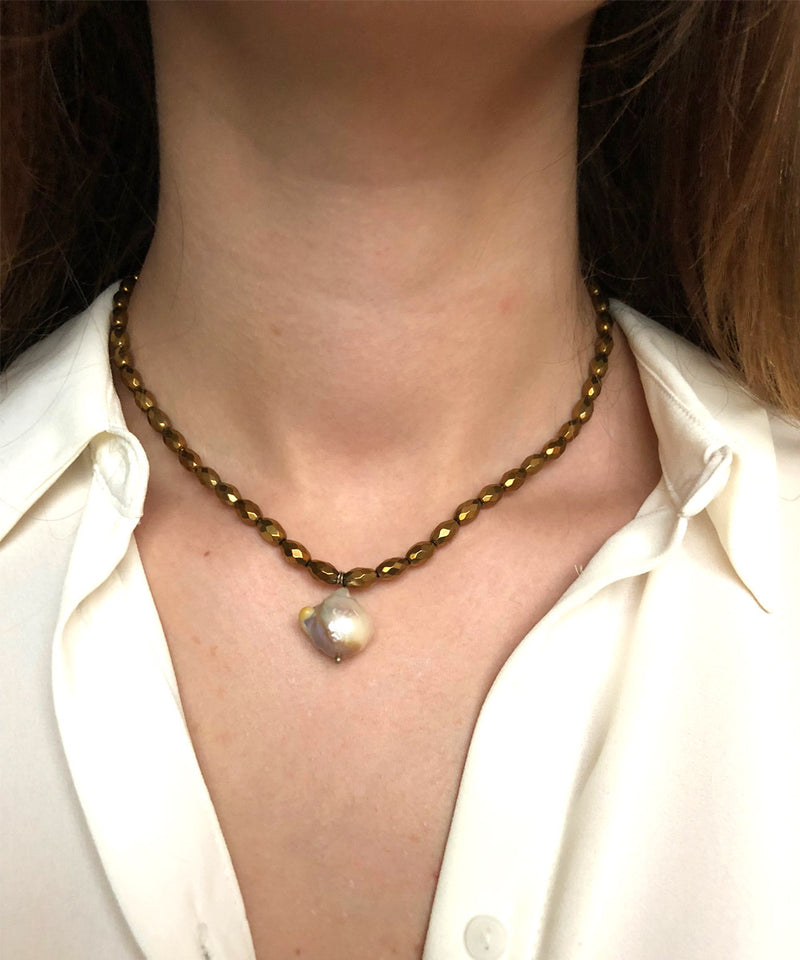 pearl necklace-baroque-hematite-gold
