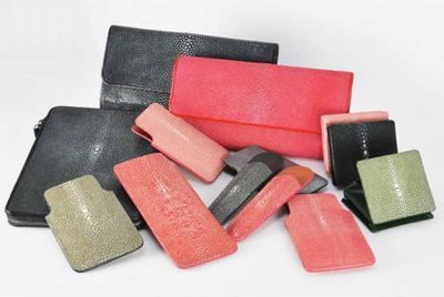 gallery-shagreen-wallet-gray-shagreen-to-your-initials 1