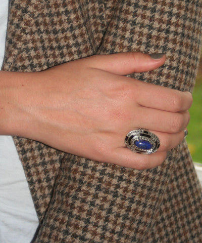 Oval lapis lazuli ring, marcasites and silver art deco style
