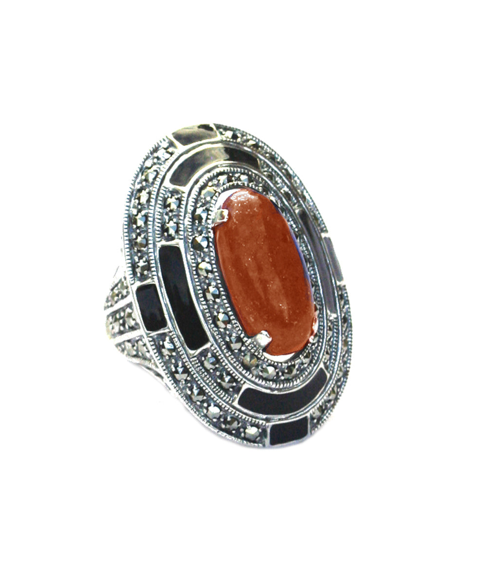Big oval ring carnelian, marcasites and silver
