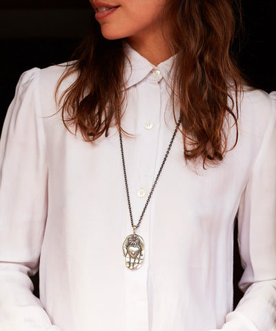 Mana Hand pendant in silver, ruby and diamond - Catherine Michiels