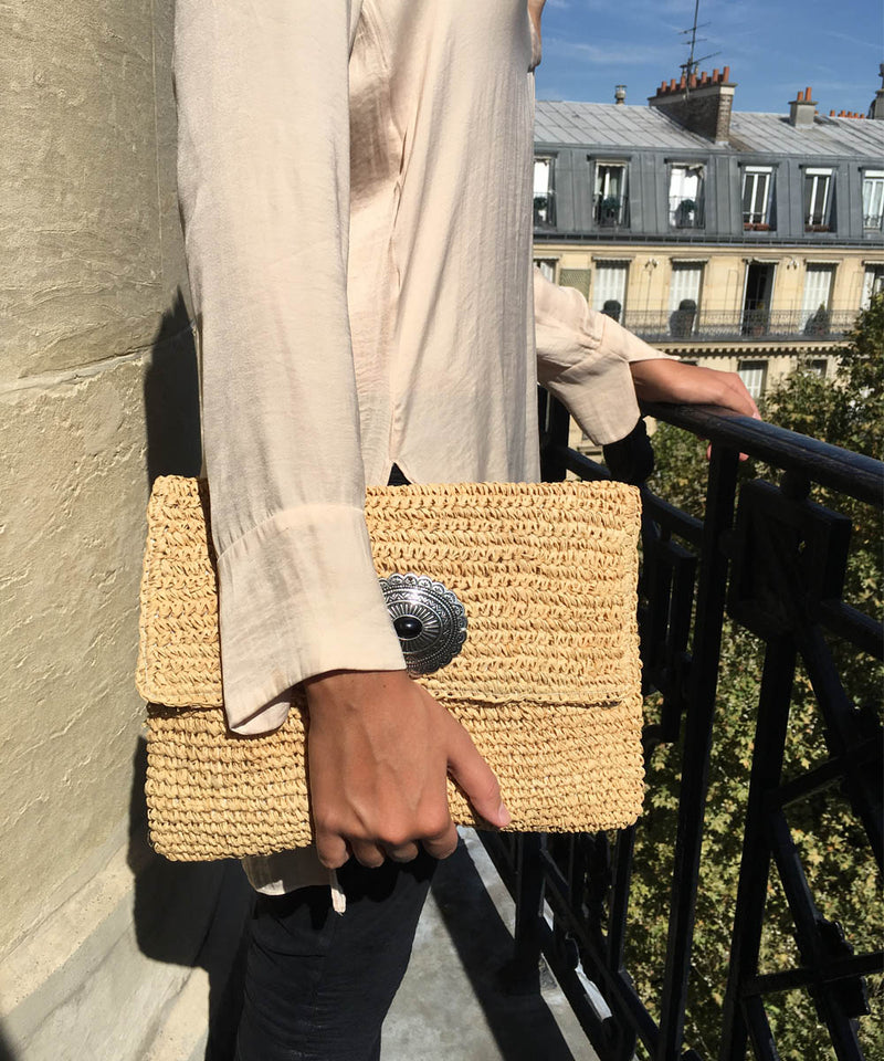 Large raffia pouch natural - Editions LESSisRARE