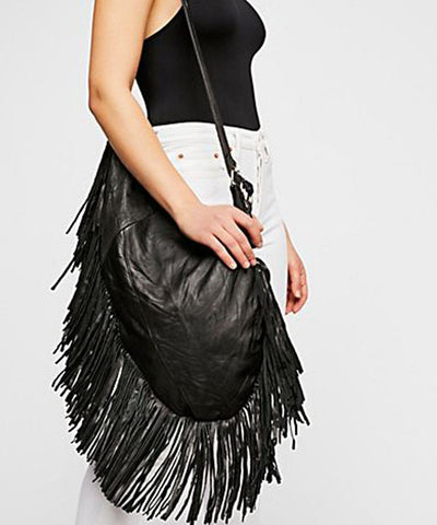 bag-a-fringes-in-leather-black-pelechecoco-scope