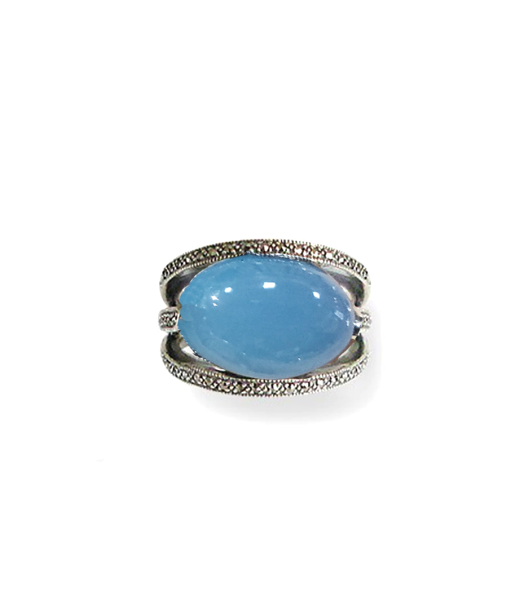 Oval blue agate art deco ring in 925 silver and marcasites