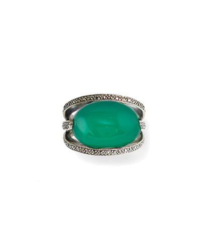 Green oval art deco ring in silver 925 and marcasites