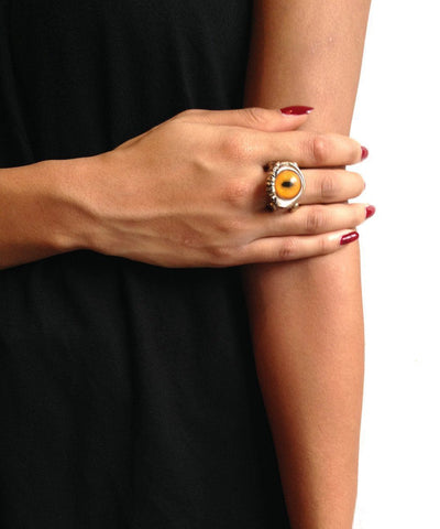 Bronze snake eye ring - Creative Orange Ring worn