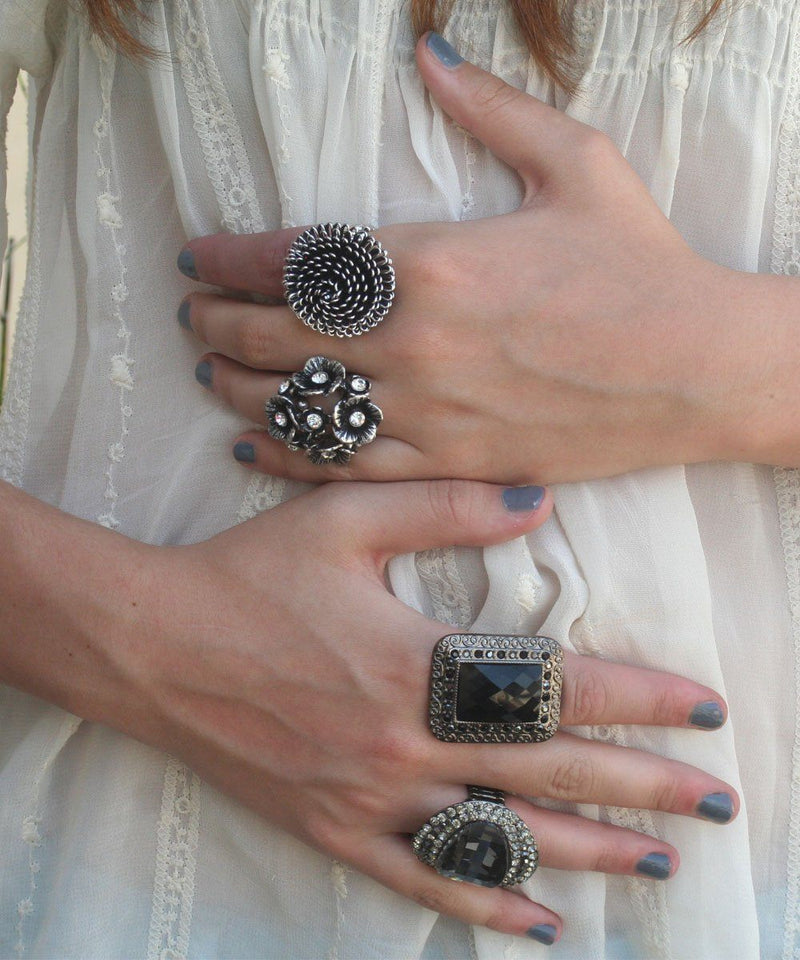 big-ring-black Editions LESSisRARE Jewelry