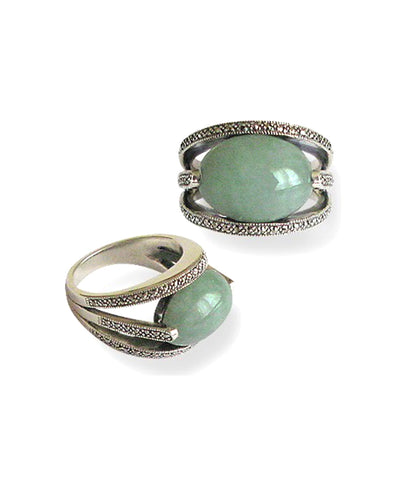 Oval art deco jade ring in silver 925 and marcasites