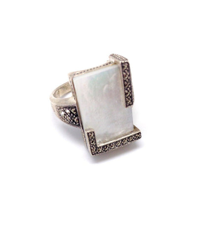 Mother of Pearl silver ring and marcasites art deco creator