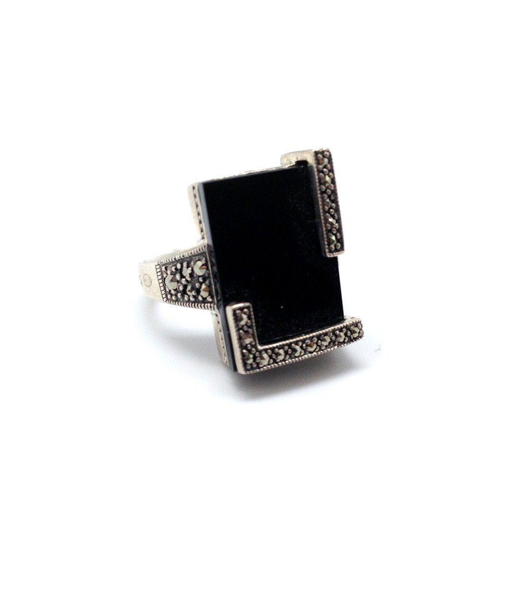 Art Deco onyx, silver and marcasite ring