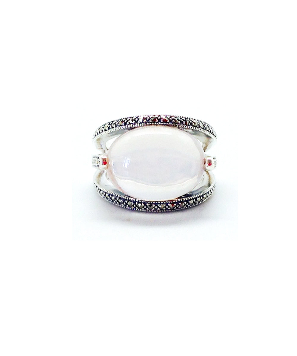 Oval art deco ring in silver 925 and marcasites