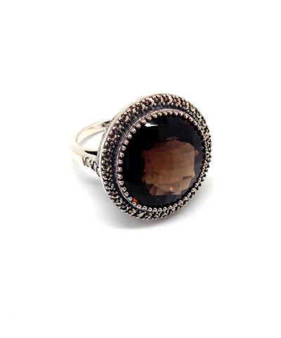 Round ring in smoky art deco quartz, silver and marcasites