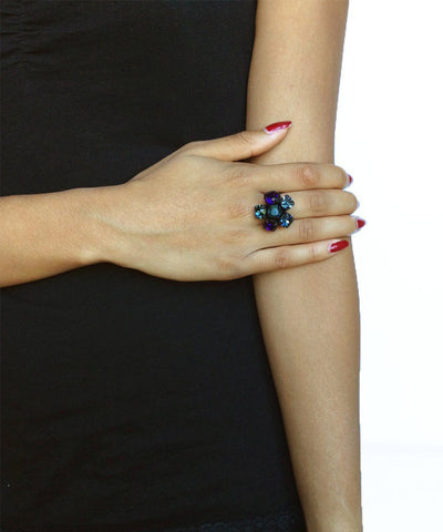 Creative Swarovski crystal flower ring