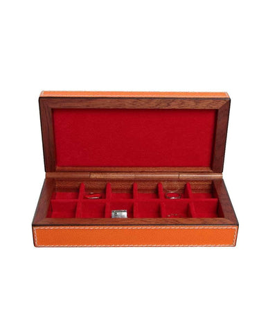 Box with leather and wood bhome rings
