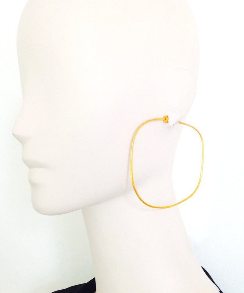 "Golden square hoop earrings - ""Au fil de l'eau"" - Eloïse Fiorentino"