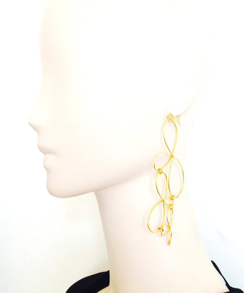 "Eloise fiorentino Golden Oversized Earrings - ""The Dreams"" creator"