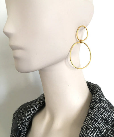"Medium size golden duo hoop earrings - ""At the Origin"" eloïse fiorentino worn"