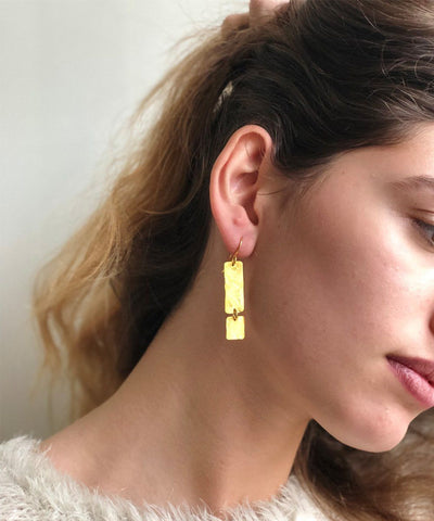 "Hammered Earrings - ""Glacial Area"" worn eloïse fiorentino"