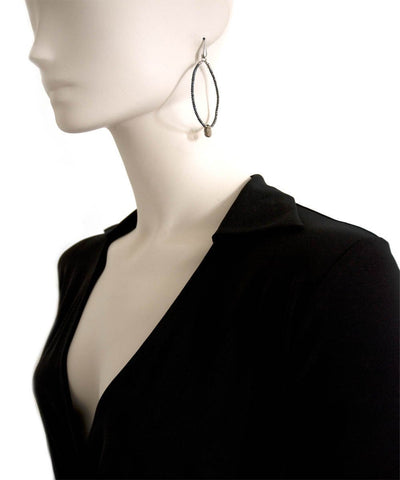 Creole earrings in black hematites and smoked quartz Fonsi worn