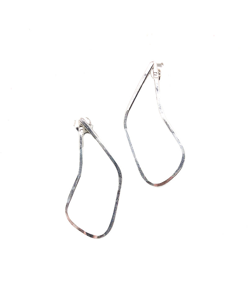 "Small silver rhombus earrings - ""Between dog and wolf"" - Eloïse Fiorentino"