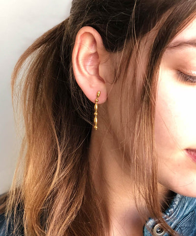 "Short eloise fiorentino earrings gilded with fine gold - ""Comet"" creator worn"