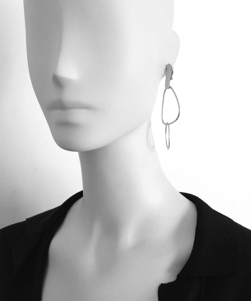 "Earrings clip intertwined silver shapes - ""Over the water"" eloise fiorentino"