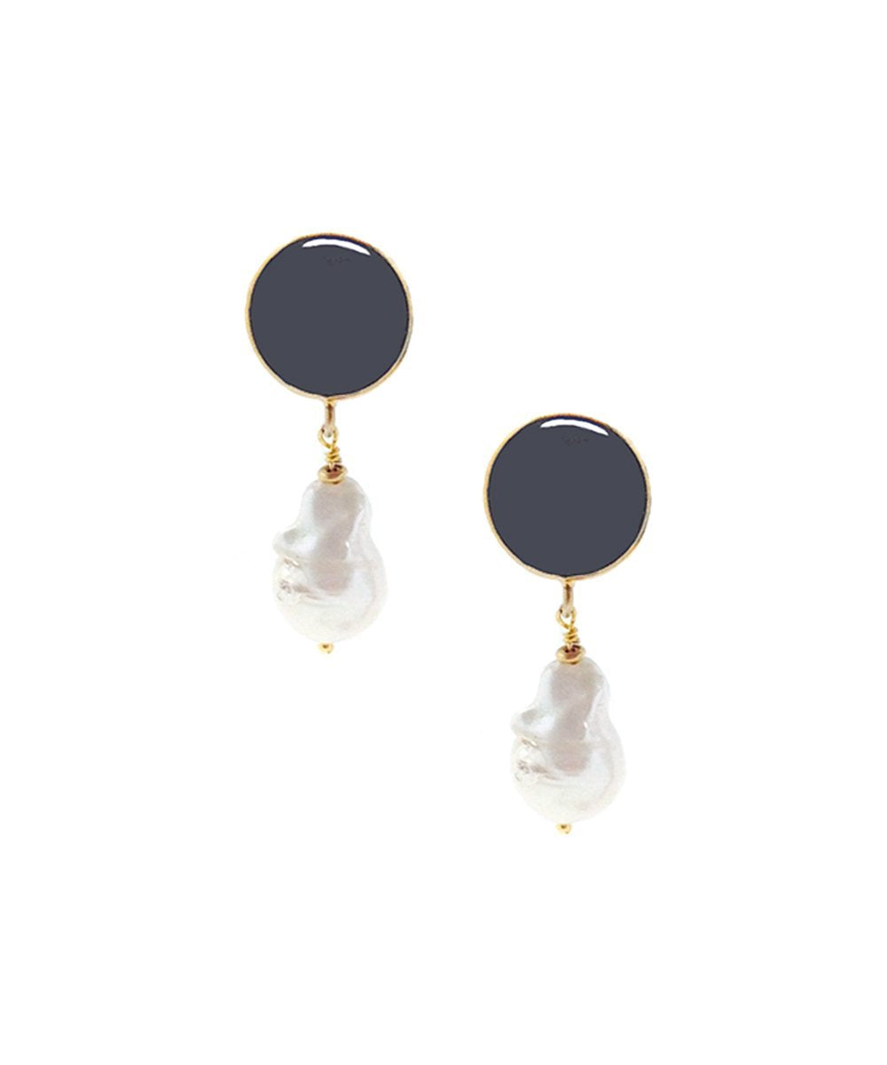 earrings baroque pearl and hematite Editions LESSisRARE Pearls