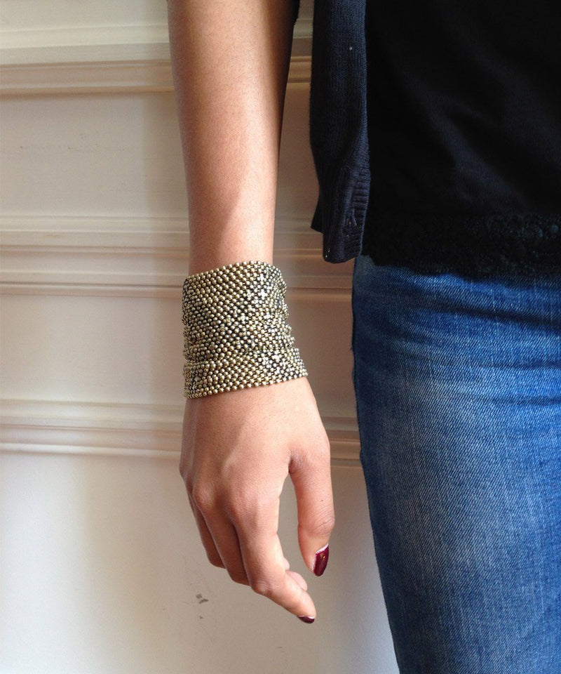bracelet-in-mesh-metal-aged-gold Editions LESSisRARE Jewels