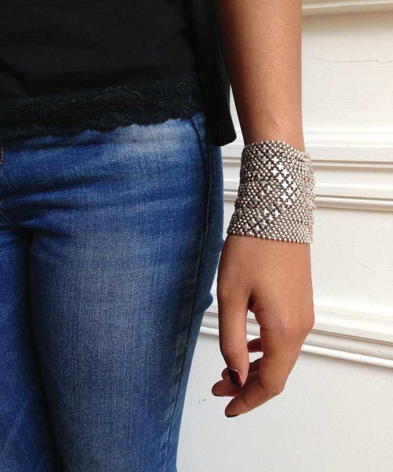 Silver metal mesh cuff bracelet - Editions LESSisRARE Bijoux