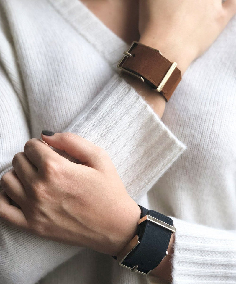 Brown leather cuff bracelet and belt buckle - Maison Boinet