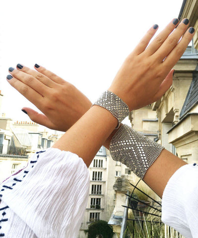 worn mesh-silver bracelet 2 Editions LESSisRARE Bijoux