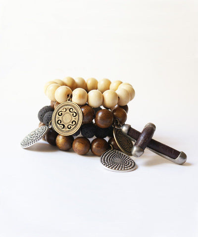 editions-lessisrare-jewelry-bracelet-lhassa-in-horn-pendant-drop Editions LESSisRARE Jewelry 1