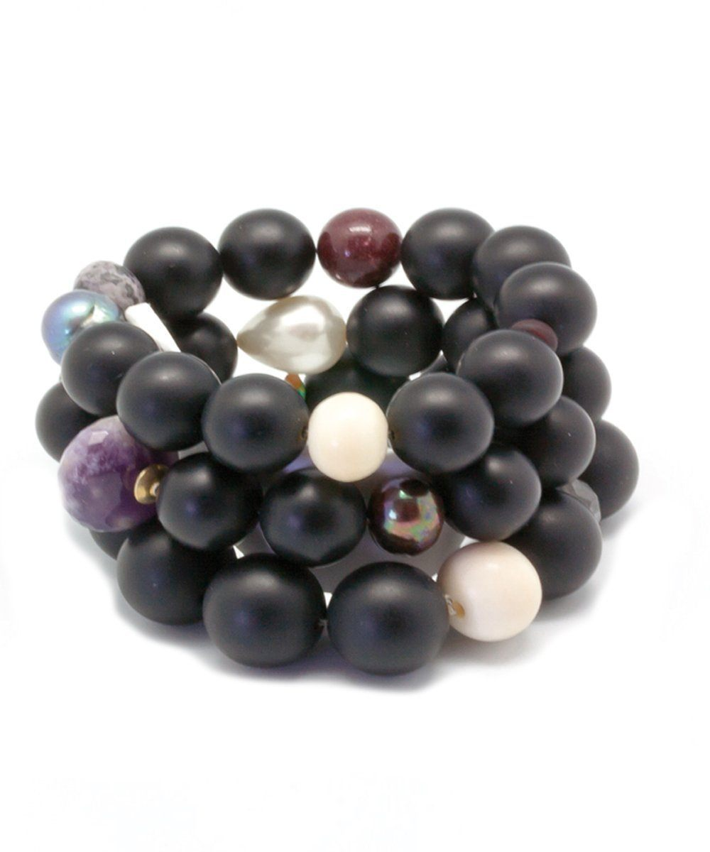 lara-Curcio-jewelry-trio-bracelet-pearl black onyx matt-and-fine-pearl