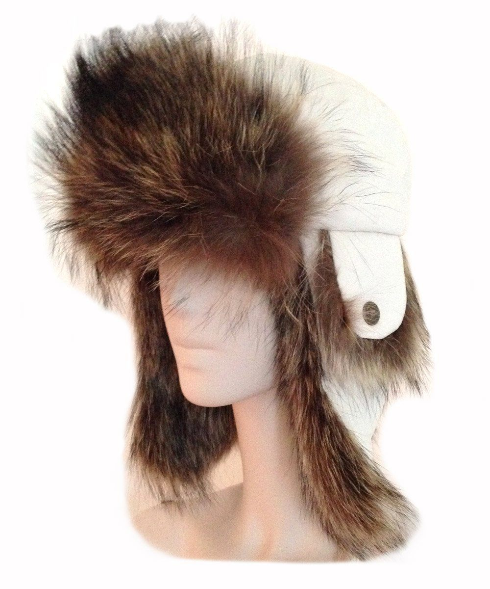 Chapka in white leather and fur - Editions LESSisRARE