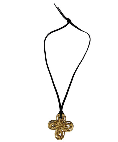 carole-saint-germes-necklace-pendant-trefle-metal-gold 1