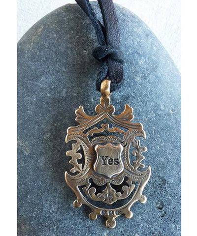 pendentif-avalon-catherine-michiels-bronze-2.jpg