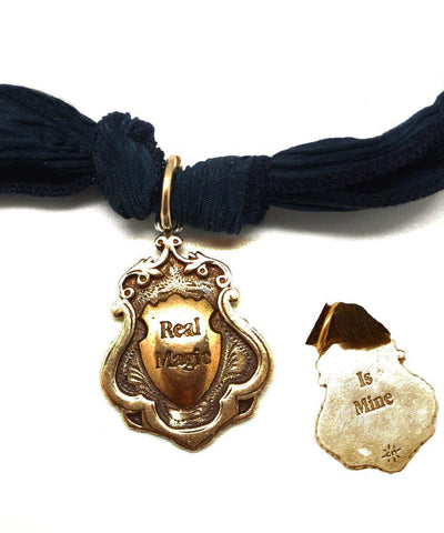 pendant-real-magic-is-mine-catherine-michiels-bronze.jpg