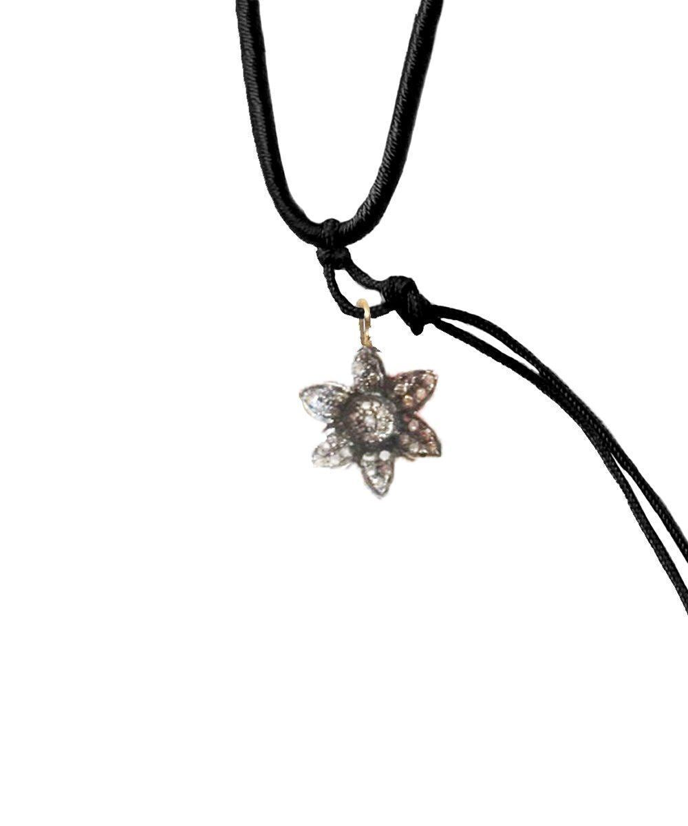 Silver flower pendant with diamonds - Catherine Michiels