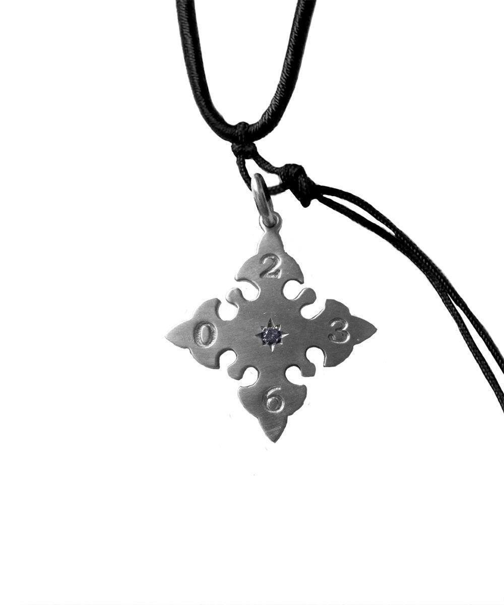 Melrose-pendant-silver-catherine-michiels.jpg