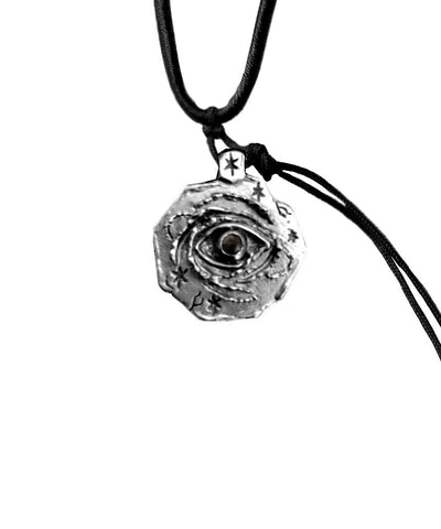 eye pendant-silver-catherine-michiels-cosmic-eye.jpg