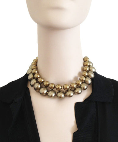flotb-collar-beads-khaki worn
