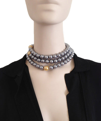 flotb-collar-choker-bead-gray worn 1